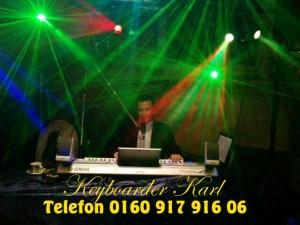 Alleinunterhalter mit Live Musik und Party Dj Heinsberg Musiker Keyboarder Karl Laser Show NRW